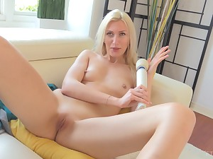 Blonde MILF Angelina makes herself cum with a vibrator on her clit