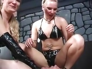 Bizarre Dominatrix Extreme Servant Torture