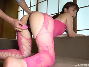 Japanese in lingerie Ozono Sayo has her pussy teased with toys