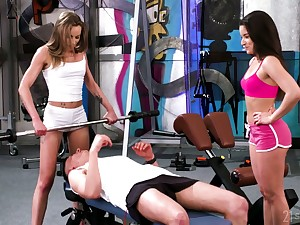Horny gym person is lured by lusty Anita Bellini and treated in BJ