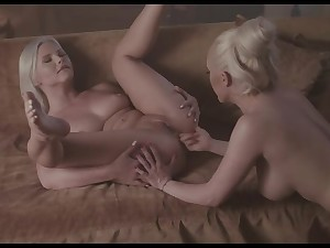 MixedX: Beautiful Christina Ray added to her roasting slave Zazie Skymm lesbian experience heavens PornHD
