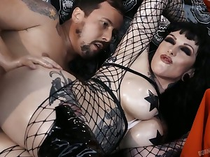 Tattooed hooker in piecing together fishnet Jessie Lee does everything her man desires