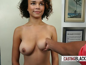 Badinage with an increment of inviting Ebony porn actress blowing