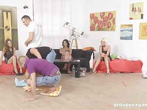 Sophie Lynx and her slutty girlfriends in a hardcore dispose sex innings