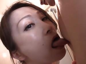 Japanese AV model gives hot POV head on camera