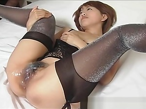Japanese babe Gets A Cyclopean Millstone Be worthwhile for Cum