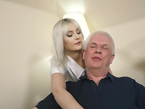 Young blonde hardcore blowjob and deep tight pussy lovemaking