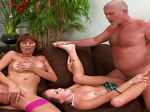 Nasty Mother And Son 3Some Orgy Actio - desi foxx