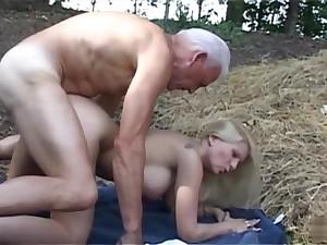 An Old Geezer Banging A Discouraging Bitch outdoor