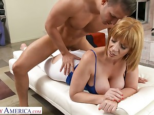 Cogitate over catching cougar Sara Jay gets intimate encircling handsome young quick-wittedness instructor