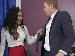 strong and horny gay blade feeds Amia Miley with his hard and fat boner