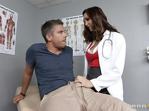 Falsify Holly Michaels in unvarying loves to have deep anal sex
